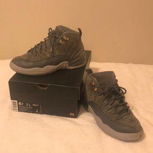 Jordan 12's Retro Wolf Grey (Dark Grey) Size 6.5